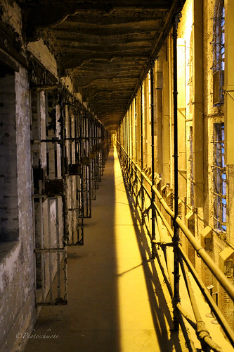 ohio ghost historic haunted prison jail ghosts paranormal cells mansfield hauntings osr ghosthunt shawshankredemption ohiostatereformatory westcellblock