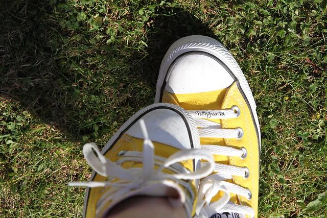 prettygreentea converse yellow