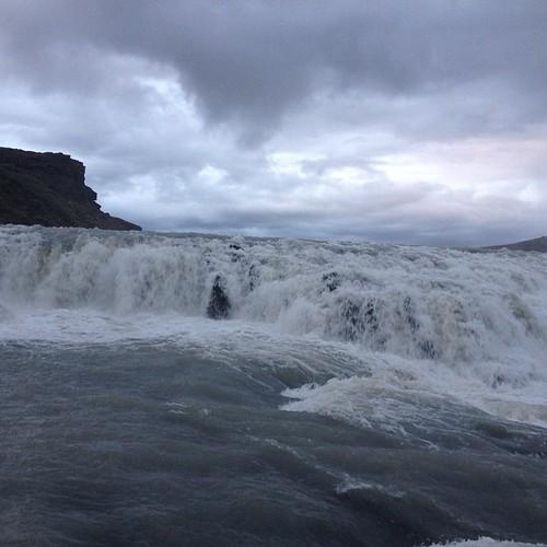 Será por agua!! #iceland #islandia #tripiniceland #waterfall #cascada #catarata