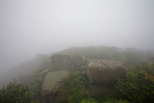 Old Rag Mountain: Boulders