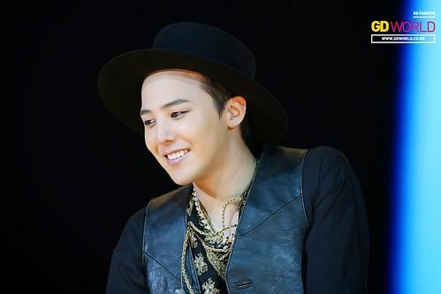 G-Dragon GDYBRI Harbin FM HQs 2015-03-21 by GDWorld 010