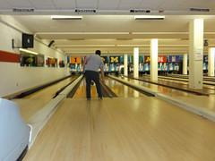 team sport(0.0), individual sports(1.0), leisure centre(1.0), sports(1.0), ball game(1.0), ten-pin bowling(1.0), bowling(1.0),
