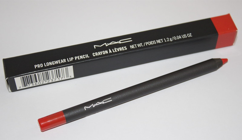 mac what a blast! lip pencil
