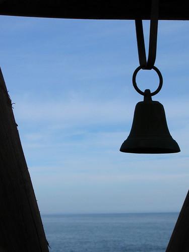 La campana y el mar by Miradas Compartidas