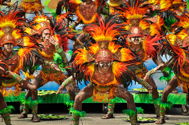 Dinagyang 2011 - Ati Competition - Tribu Paghidaet (670)