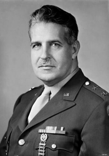 Groves Leslie R.