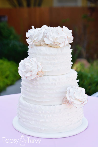how to make ruffle roses on wedding cake ruffled wedding cake paint your flower edges 15987