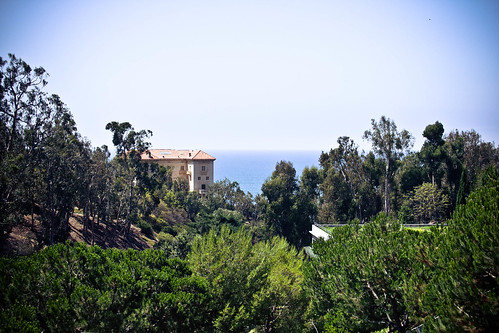 Peekaboo ocean view