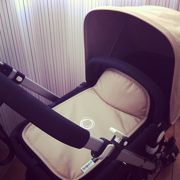Prepariamoci con #bugaboo #cameleon #passeggino #igersitalia #gravidanza #mamma #neonato