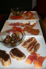 bruschetta(0.0), produce(0.0), meal(1.0), dinner(1.0), lunch(1.0), breakfast(1.0), brunch(1.0), tapas(1.0), meat(1.0), food(1.0), full breakfast(1.0), dish(1.0), cuisine(1.0), cooking(1.0),