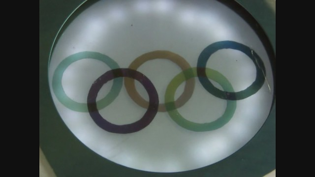 Polarized Olympic Rings