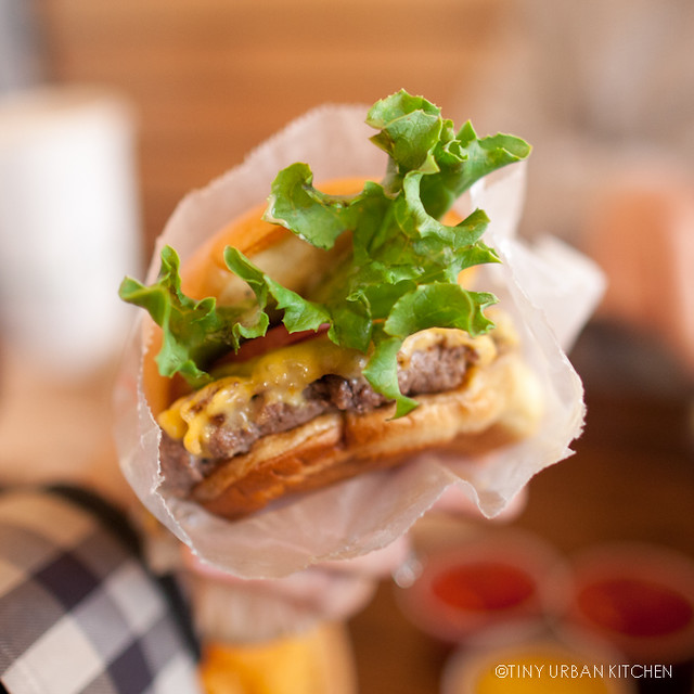 Shake Shack Cheeseburger