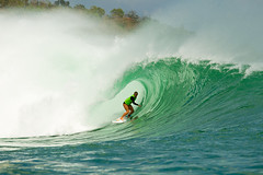 Bethany Hamilton got the best barrel of Heat 4 in Round 1 and advanced to the next round.