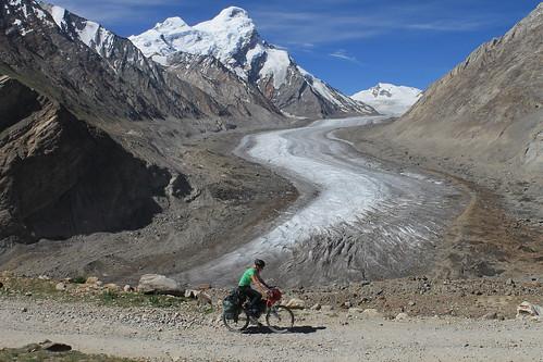 Cycling past the Drang-Drung glacier