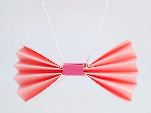 petal-pink-bow-tie