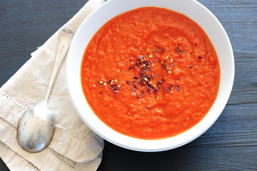 w4 red pepper & tomato soup