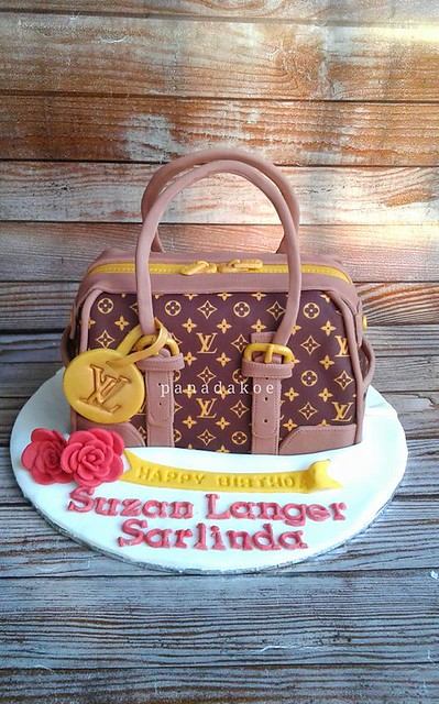 Louis Vuitton Bag Cake by Panada Panadakoe