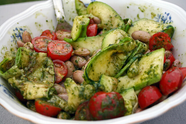 salade haricots blancs, courgettes et tomates