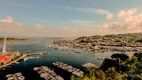 sky norway by boat himmel smith lars kristian båt brygge blå sjø øy austagder risør2012