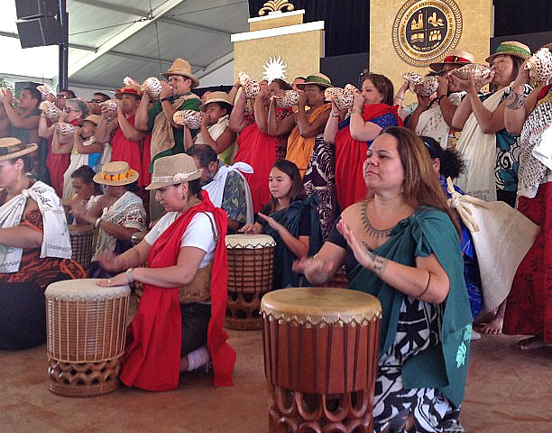 <p>The University of Hawaii performs in Smithsonian Folklife Festival opening ceremony on June 27.</p>