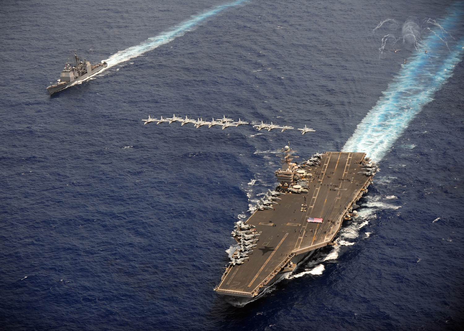 USS Abraham Lincoln, Official U.S. Navy Imagery (Licende: Attribution), portaaviones americano