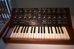 percussion(0.0), oberheim ob-xa(0.0), string instrument(0.0), nord electro(0.0), yamaha sy77(0.0), string instrument(0.0), synthesizer(1.0), musical keyboard(1.0), electronic musical instrument(1.0), electronic keyboard(1.0), music workstation(1.0), electric piano(1.0), analog synthesizer(1.0), electronic instrument(1.0),