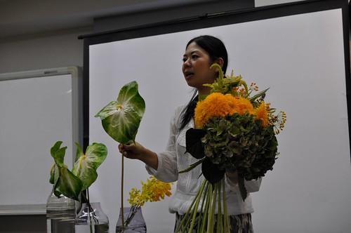 日比谷花壇 デザイナー フラワーブーケ