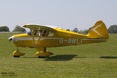 G-AWLI PIPER PA-22 150 TRI PACER 22-5083 120527 - AeroExpo-Sywell - Alan Gray -IMG_0164