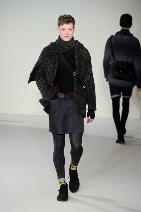 Christopher Rayner3148_FW12 Paris agnes b(fmag)