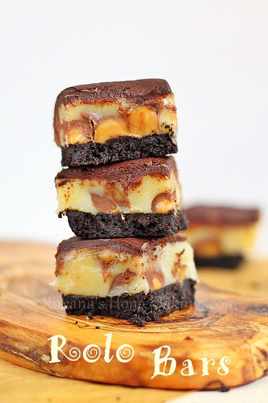 Irresistible Rolo Bars from Roxanashomebaking.com