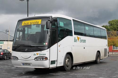 Bus Eireann SI104 (02D81209).
