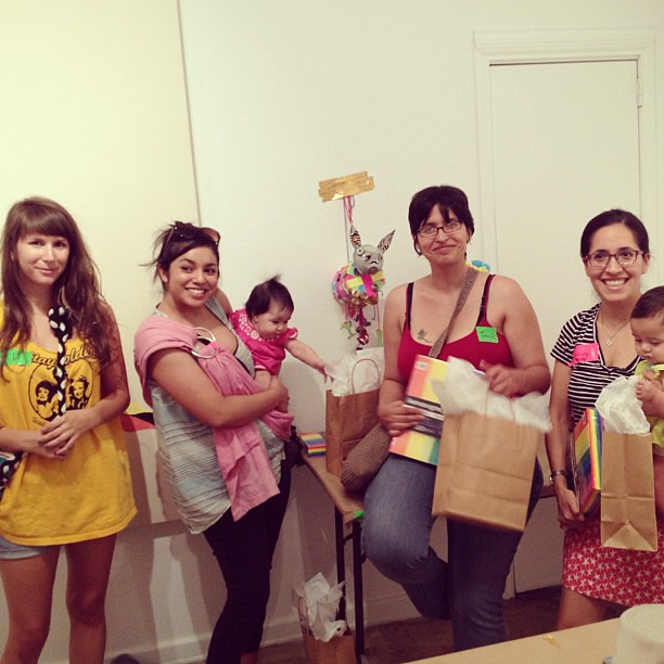 Last night's winning #craftwar team! Awesome job ladies! #craftparty #alamocrafters @vrtx09