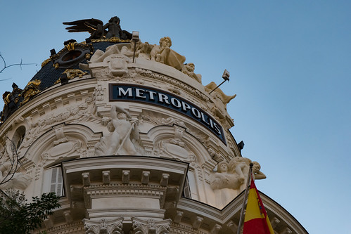 Madrid Metropolis Building | by nan palmero