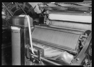 Textiles. Pacific Mills. Carding machine, April 1937