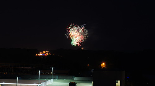 Fairfax Fourth of July Fireworks (long exposure)