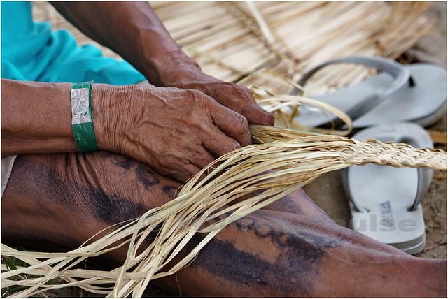 Artesanato Rio De Janeiro Centro ~  MG 2750 Uma india trabalhando seu artesanato na Kari Oca u2026 Flickr Photo Sharing!
