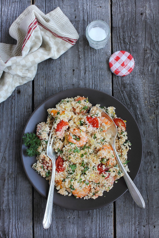 Cauliflower Couscous with Garlic Shrimps, Cherry Tomatoes and Lemon