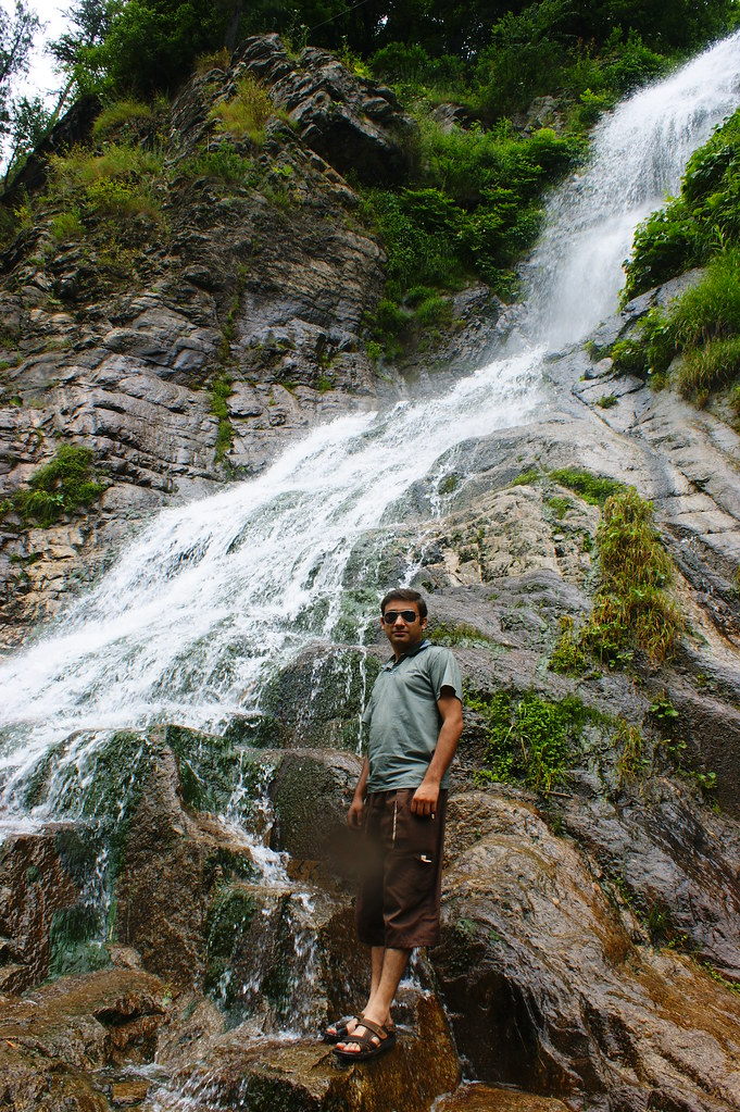 """MJC Summer 2012 Excursion to Neelum Valley with the great """"LIBRA"""" and Co - 7595273070 34c9d73717 b"""