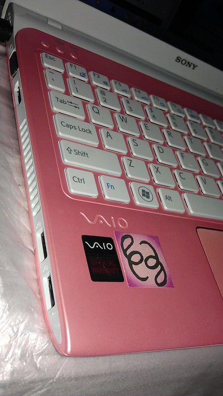 New SONY VAIO E-Series 11inches