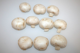 02 - Zutat Champignons / Ingredient white mushrooms