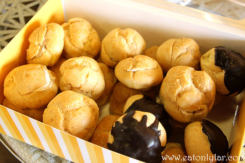 Box of 25, Kee's Creampuffs