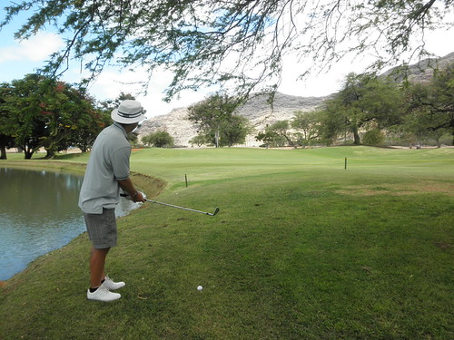 Makaha Valley Country Club 100
