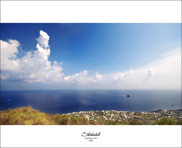 Stromboli sky