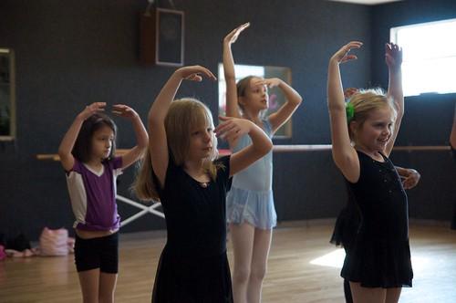 amelia-dance-class-12-2010-8