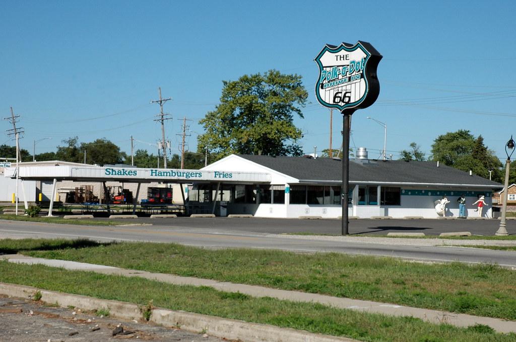 Polk-a-Dot Drive In, Braidwood, IL