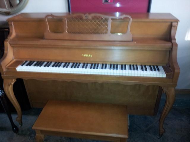 Yamaha m2 console piano louis xiv design flickr photo sharing - Yamaha console piano models ...