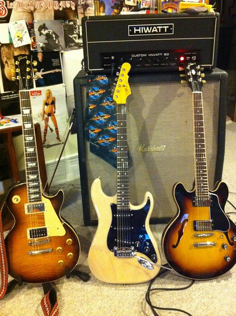 Photo:Gibson Guitars 8 By Larry Ziffle
