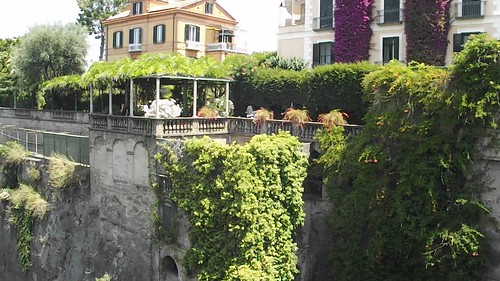 Piazza T. Tasso - Sorrento - road to the port - between cliffs - HD video clip