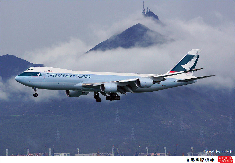 Cathay Pacific Airways Cargo / B-LJG / Hong Kong International Airport