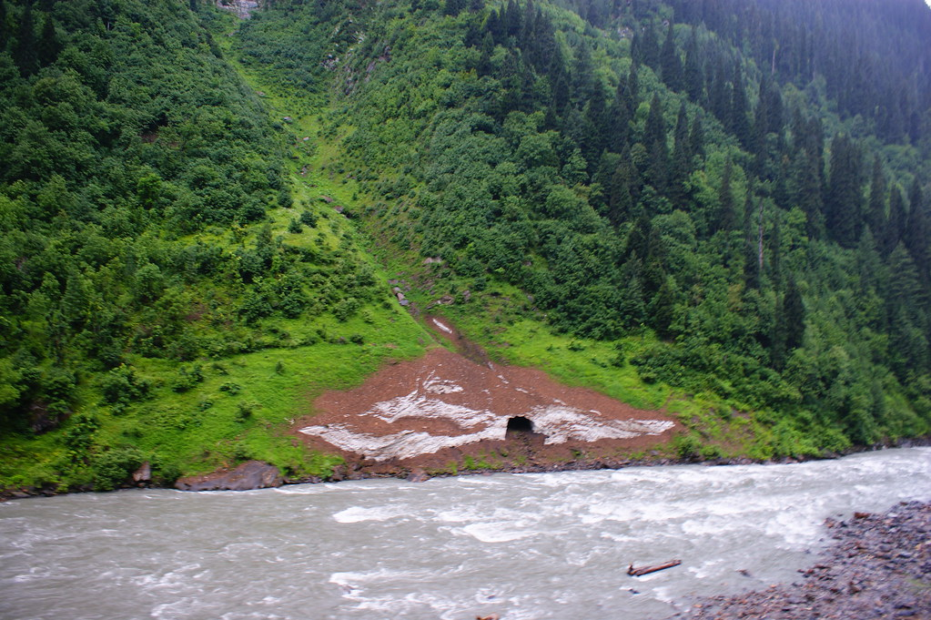 "MJC Summer 2012 Excursion to Neelum Valley with the great ""LIBRA"" and Co - 7635700726 8a9f2d8265 b"